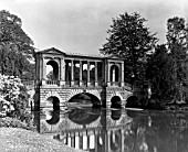 THE PALLADIAN BRIDGE AT WILTON HOUSE, DESIGNED BY THE NINTH EARL OF PEMBROKE IN COLLABORATION WITH ROGER MORRIS IN 1737.