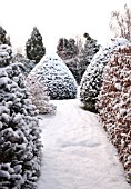 ENTRANCE TO WAKEFIELDS GARDEN IN SNOW