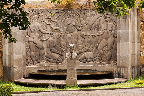 MEMORIAL_TO_ALONSO_DE_NAVA_GRIMON_FOUNDER_OF_THE_BOTANIC_GARDENS_IN_TENERIFE