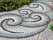 PATH,  PEBBLE MOSAIC PATTERN,  CHELSEA 2004,  THE CANCER RESEARCH UK LIFE GARDEN,  DESIGN J.HUDSON,  E. DE MAEIJER