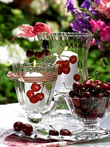 TABLE_LANTERN_AND_CHERRIES