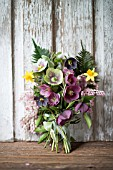 BOUQUET OF MIXED HELLEBORUS X HYBRIDUS