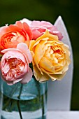 BOUQUET OF DAVID AUSTIN ENGLISH ROSES: GRAHAM THOMAS, GENTLE HERMIONE, LADY EMMA HAMILTON AND A SHROPSHIRE LAD