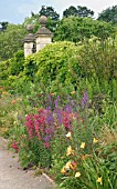 HERBACEOUS BORDER (HEMEROCALLIS,  PENSTEMON)