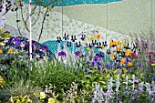 DETAIL OF IMPRESSION ON TIME DESIGNED BY YVONNE MATHEWS SPONSORED BY JOHNSONS TILES AND MOREYS BBC GARDENERS WORLD LIVE 2007