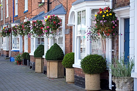 HANGING_BASKETS__PERSHORE__WORCESTERSHIRE