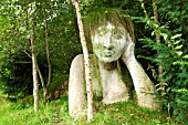 SCULPTURE OF A LADY IN THE EDEN PROJECT GARDENS
