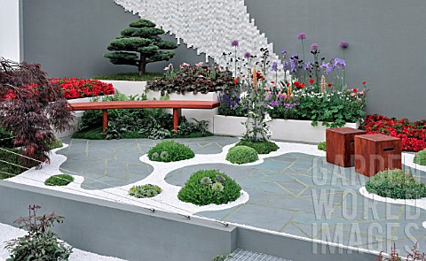 Moss Thrives In Japanu0027s Naturally Humid And Rainy Climate U2013 Zen Garden  Design | Home And Garden Delight