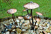 COPPER TOADSTOOLS WATER FEATURE