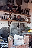 COLLECTION OF OLD GARDEN TOOLS AND AGRICULTURAL IMPLEMENTS, DISPLAY AT WEST DEAN