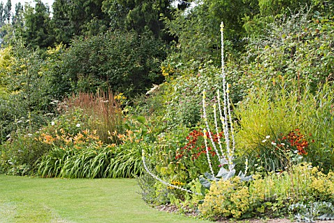 HERBACEOUS_BORDER